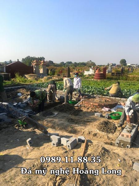 Hình ảnh phần mộ trước khi lắp đặt mộ đá tròn