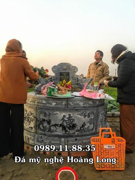 Mộ tròn đá khối tại Bắc Giang