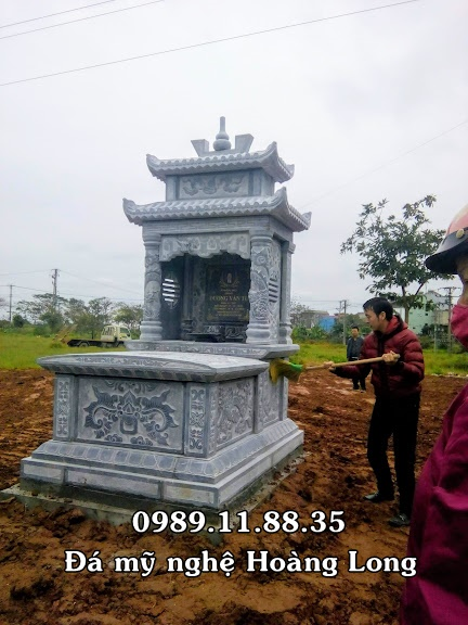 Mộ đá hai đao lắp tại Vĩnh Phúc