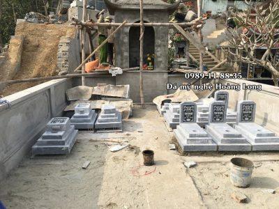 Lắp đặt mộ đá tam cấp tại lăng mộ dòng họ Phạm