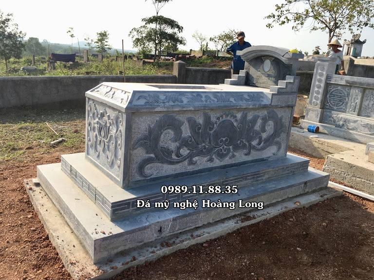 Mẫu mộ đá không mái tại Quảng Bình