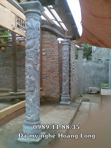 Cột nhà thờ họ bằng đá