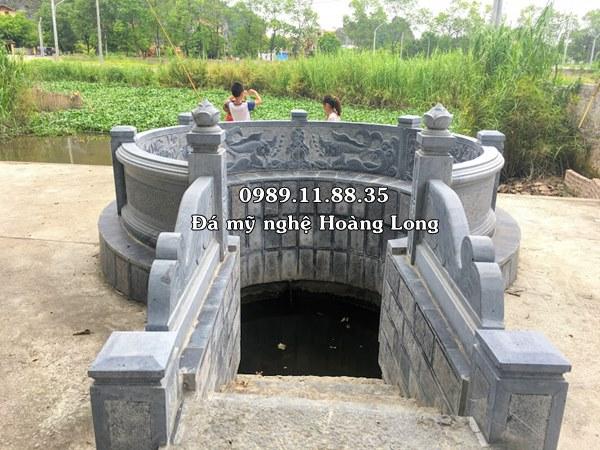 Giếng làng bằng đá