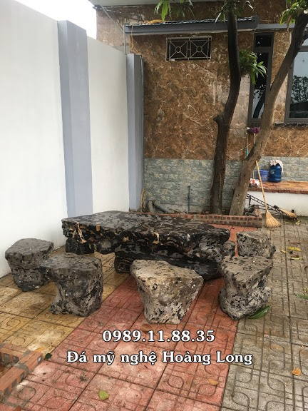 Mẫu bàn ghế đá đặt ngoài trời