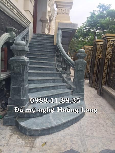 Cầu thang đá tự nhiên