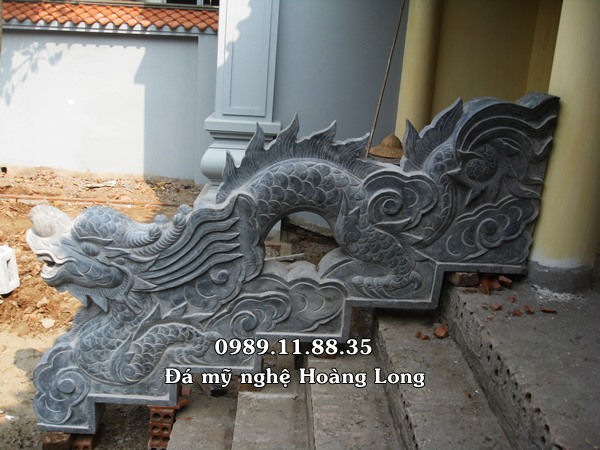 Rồng bậc thềm bằng đá