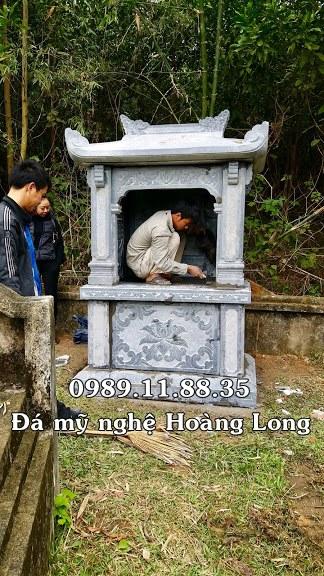 Lắp đặt lăng thờ chung bằng đá tại Lạng Sơn